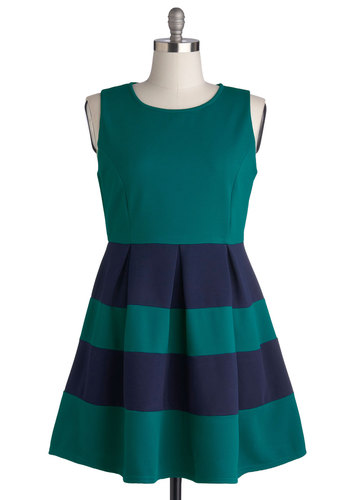 Common Curtsy Dress in Plus Size - Knit, Green, Blue, Stripes, Pleats, Casual, A-line, Sleeveless, Better, Scoop