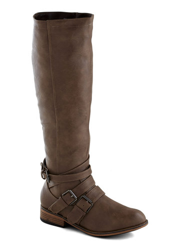 Easygoing Icon Boots - Low, Faux Leather, Brown, Solid, Buckles