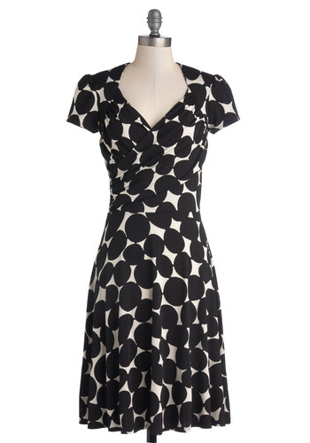 Kelly's Vivid in the Moment Dress in Dots - Knit, Jersey, Black, White, Polka Dots, Casual, A-line, Short Sleeves, Best, Work, Variation, V Neck, Long