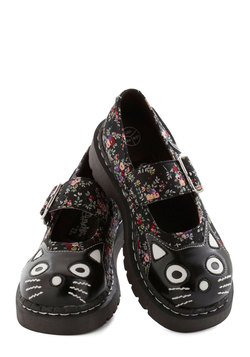 Here and Meow Shoe in Floral
