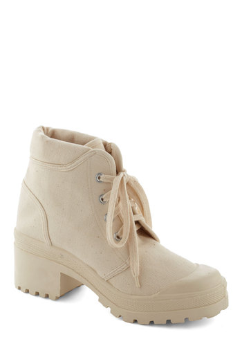 Pie I Oughta Bootie - Mid, Woven, Solid, 90s, Lace Up, Cream, Casual, Vintage Inspired, Urban, Chunky heel