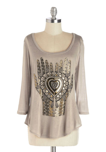 By Show of Hands Tee - Mid-length, Jersey, Knit, Tan, Gold, Casual, Good, Scoop, Novelty Print, 3/4 Sleeve, Brown, 3/4 Sleeve