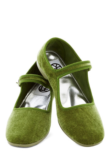 Pot-luxe Dinner Flat in Green - Flat, Green, Solid, Good, Mary Jane, Variation