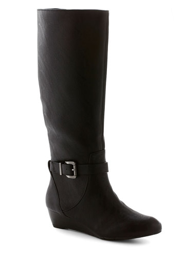 Movie and Shaker Boot in Noir - Low, Faux Leather, Black, Solid, Buckles, Better, Wedge, Variation