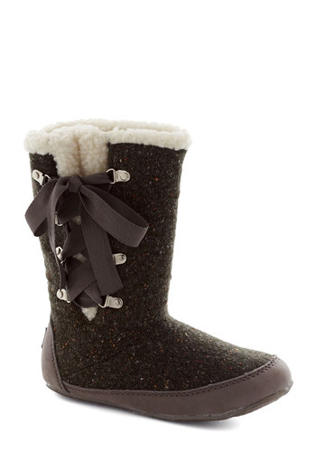 Cozy Uptown Boot - Faux Fur, Knit, Grey, Solid, Winter, Good, Casual