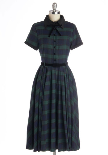 Muse Your Instincts Dress in Plaid Pine - Plaid, Bows, Pleats, Belted, Casual, Vintage Inspired, Scholastic/Collegiate, Shirt Dress, Short Sleeves, Better, Collared, Woven, Long, Green, Blue, Buttons, Variation