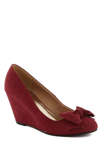 Party Hostess Wedge in Wine - Mid, Faux Leather, Red, Solid, Bows, Party, Holiday Party, Wedge, Good, Work, Variation