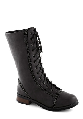Zip Right Up Boot in Black - Low, Faux Leather, Black, Exposed zipper, Steampunk, Good, Lace Up, Military, Solid, Variation