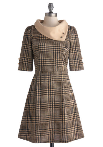 Parisian Port Dress in Houndstooth by Miss Patina - Scholastic/Collegiate, Knit, Mid-length, Tan, Black, Houndstooth, Buttons, A-line, 3/4 Sleeve, Variation, Winter