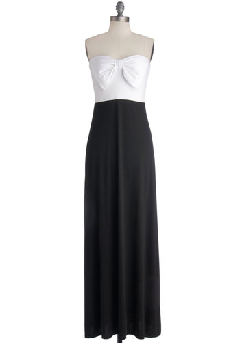 Long Weekend Away Dress in Monochrome - Knit, Long, Black, White, Bows, Casual, Maxi, Strapless, Good, Sweetheart