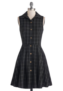 Swing Vote Dress in Black