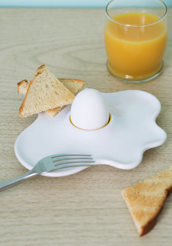 Bright Start Egg Cup - White, Quirky, Good, Yellow