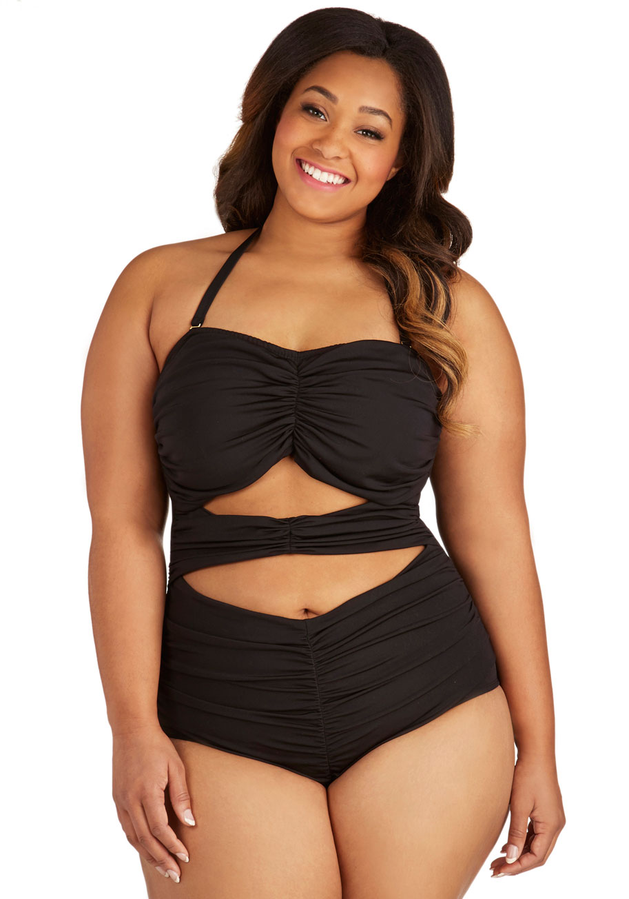 the top 7 places to find your perfect plus size swimsuit | stylish
