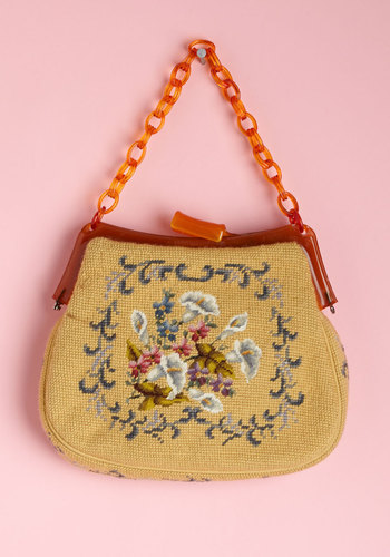 vintage, purse, handbag, bag, chain, tortoise, cute, floral, embroidered, accessories, flowers, shopping, trendy, fashion, modcloth, 2013, 2014, spring, summer, daytime, casual