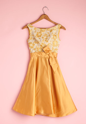 Vintage Glowing Steady Dress