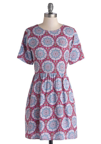 Medallion Memories Dress by Motel - Woven, Short, Multi, Red, Blue, Print, Exposed zipper, Pockets, Casual, A-line, Short Sleeves, Crew, Festival