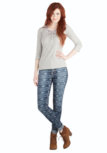 In It to Whim It Jeans - Denim, Woven, Blue, Print, Pockets, Casual, Skinny, Rustic, Good, Mid-Rise, Full length, Blue, Printed/Patterned, Denim