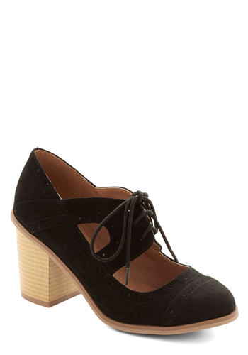 Conventional Winsome Heel - Mid, Faux Leather, Black, Tan / Cream, Solid, Cutout, Good, Lace Up, Chunky heel, Scholastic/Collegiate