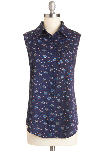 Live and Let Fly Top - Chiffon, Woven, Mid-length, Blue, Buttons, Casual, Owls, Sleeveless, Good, Collared, Blue, Sleeveless, Print with Animals, Pockets, Button Down
