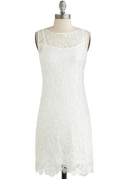 A Sweet Aperitif Dress in Crème