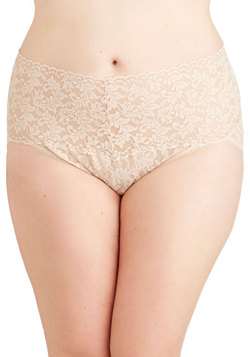 Hanky Panky Lacy and Lovely Undies in Taupe - Plus Size