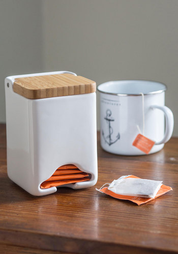 Wooden You Rather Tea Dispenser - White, Minimal, Good, Solid