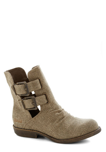 Backyard Bounty Boot - Brown, Buckles, Casual, Low, Good, Woven