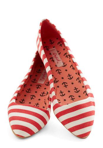 Like It or Nautical Flat in Red - Flat, Woven, Red, White, Stripes, Casual, Nautical, Good, Variation