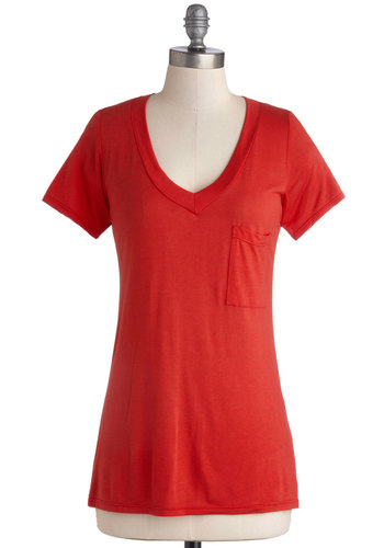 Simply Styled Top in Apple - Good, Red, Short Sleeve, Knit, Jersey, Mid-length, Red, Solid, Pockets, Short Sleeves, Variation, Basic, V Neck, Valentine's