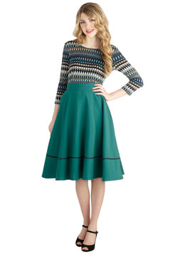 Spontaneous Swing Skirt