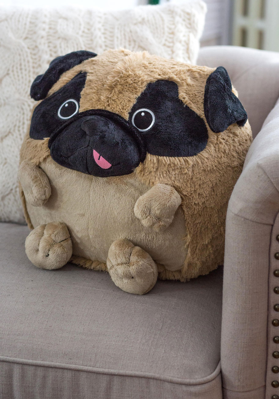 Darling plush pug pillow