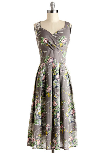 Still Life in Motion Dress in Floral - Cotton, Woven, Long, Grey, Multi, Floral, Pleats, A-line, Sleeveless, Better, Sweetheart, Daytime Party, Variation