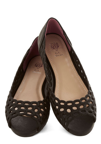 Portrait Sitting Flat in Black - Flat, Faux Leather, Black, Solid, Cutout, Daytime Party, Good, Peep Toe, Variation