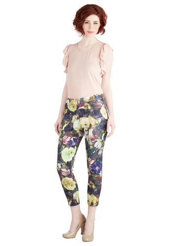 Freshest Florals Pants by Darling - Multi, Floral, Casual, Skinny, Spring, Pockets, Vintage Inspired, 90s, Cropped, Better, Mid-Rise, Capri, Multi, Non-Denim, Woven