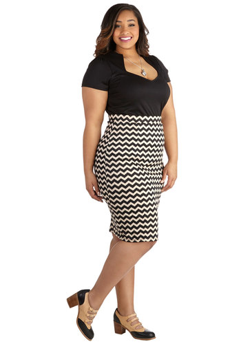 Style Essential Skirt in Zigzag – Plus Size - Knit, Black, White, Chevron, Work, Pencil, Variation, Top Rated