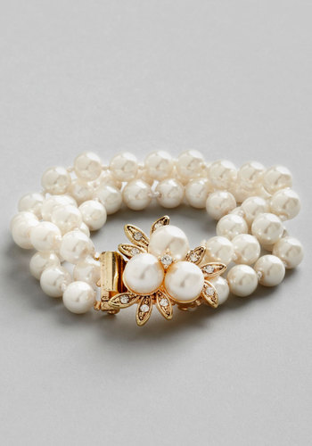 Give it a Pearl Bracelet - Cream, Solid, Pearls, Rhinestones, Wedding, Vintage Inspired, 20s, 30s, Better, Exclusives, Luxe, Gold, Social Placements, Top Rated