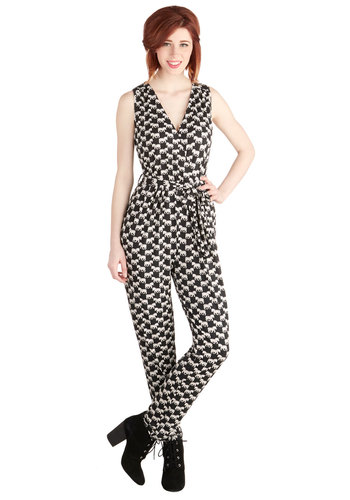Zoo Run the World? Jumpsuit - Long, Knit, Black, White, Print with Animals, Pockets, Safari, Sleeveless, Better, Belted, Casual, V Neck, Critters, Tapered Leg, Spring, Summer, Winter, Full length, Black, Sleeveless, Non-Denim, Jumpsuit, Good