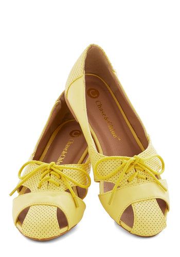 Touring Harbor Town Flat in Yellow - Flat, Faux Leather, Yellow, Solid, Cutout, Casual, Daytime Party, Good, Lace Up, Variation, Social Placements