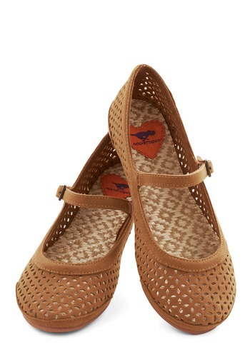 Get Cutout of Town Flat in Brown - Flat, Faux Leather, Woven, Solid, Cutout, Casual, Good, Mary Jane, Brown, Variation