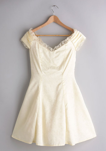 Vintage Buttercream de la Creme Dress