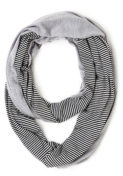 Lunch Pairing Scarf in Grey