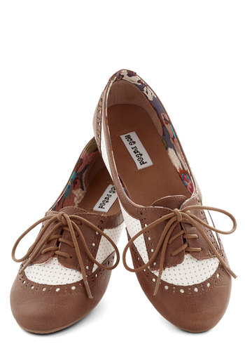 Spirited Sojourn Flat in Cocoa - Flat, Faux Leather, Tan / Cream, Solid, Menswear Inspired, Vintage Inspired, 20s, 30s, Good, Lace Up, Brown, Variation