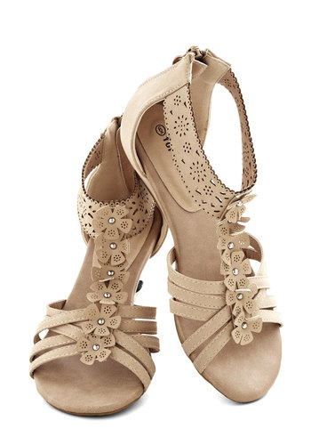 Sand Dollar Darling Sandal - Low, Tan, Eyelet, Flower, Boho, Faux Leather, Good, Beach/Resort, Spring, Summer, Studs, Daytime Party, Festival