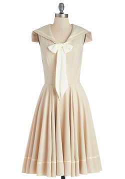 Sea Shanty Singing Dress in Beige