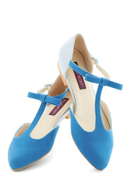 Bow Your Socks Off Flat in Blue