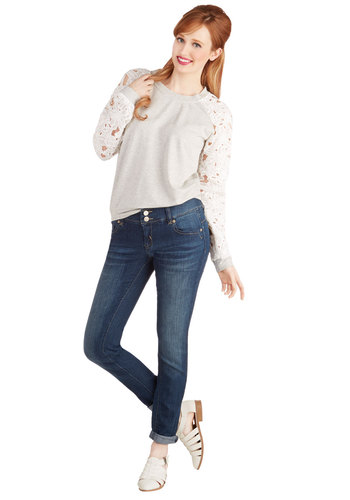 First Date Details Jeans - Skinny, Good, Low-Rise, Medium Wash, Full length, Blue, Denim, Blue, Solid, Exposed zipper, Pockets, Casual, Urban, Denim