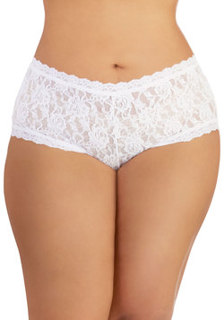 Hanky Panky Inspiring Start Undies in Cumulus - Plus Size