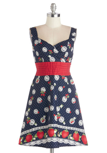 Color is Key Dress in Strawberries - Multi, Novelty Print, Pleats, Ruching, Daytime Party, Fruits, A-line, Sleeveless, Better, Sweetheart, Cotton, Mid-length, Blue, Summer, Social Placements
