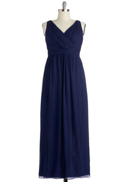 Grand Guest Dress in Navy - Plus Size
