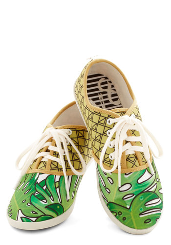 Quirk It Sneaker in Palm Leaves - Flat, Woven, Green, Multi, Novelty Print, Print, Casual, Good, Lace Up, Statement, Summer